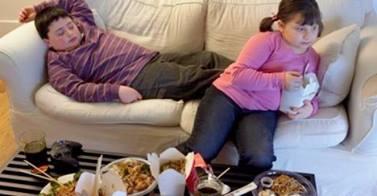 Παιδική Παχυσαρκία: Αίτια, Κίνδυνοι & Αντιμετώπιση