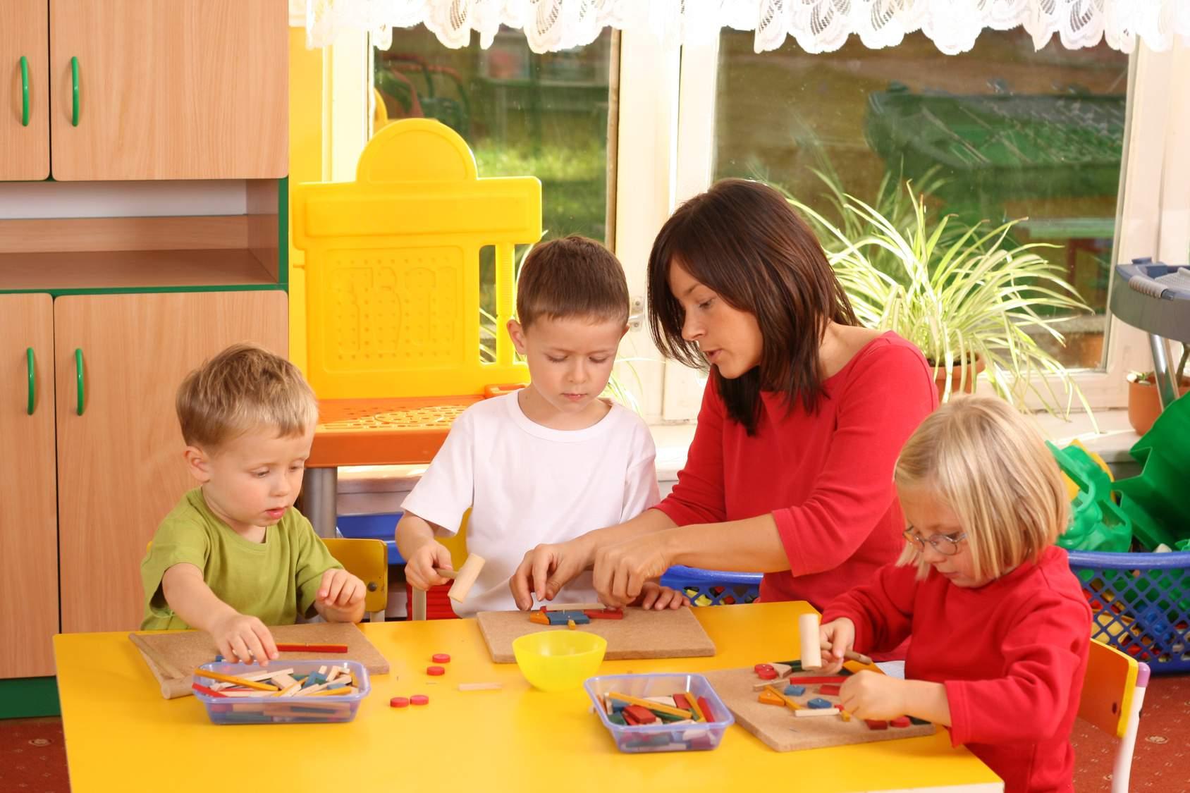 Πώς θα επιλέξετε το σωστό παιδικό σταθμό και πως να βοηθήσετε το παιδί σας να προσαρμοστέι | Δένα Λοΐζου | Anthia.ne